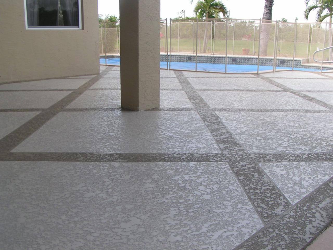 Coverings Spray Texture Deck